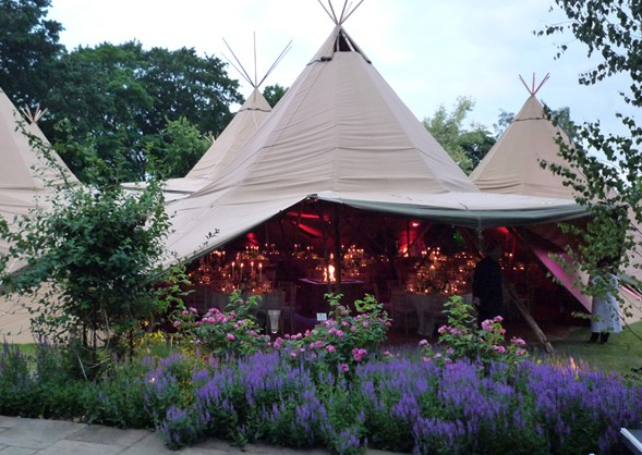 PapaKata_Tents_Marquee_Weddings_Carlton_Towers