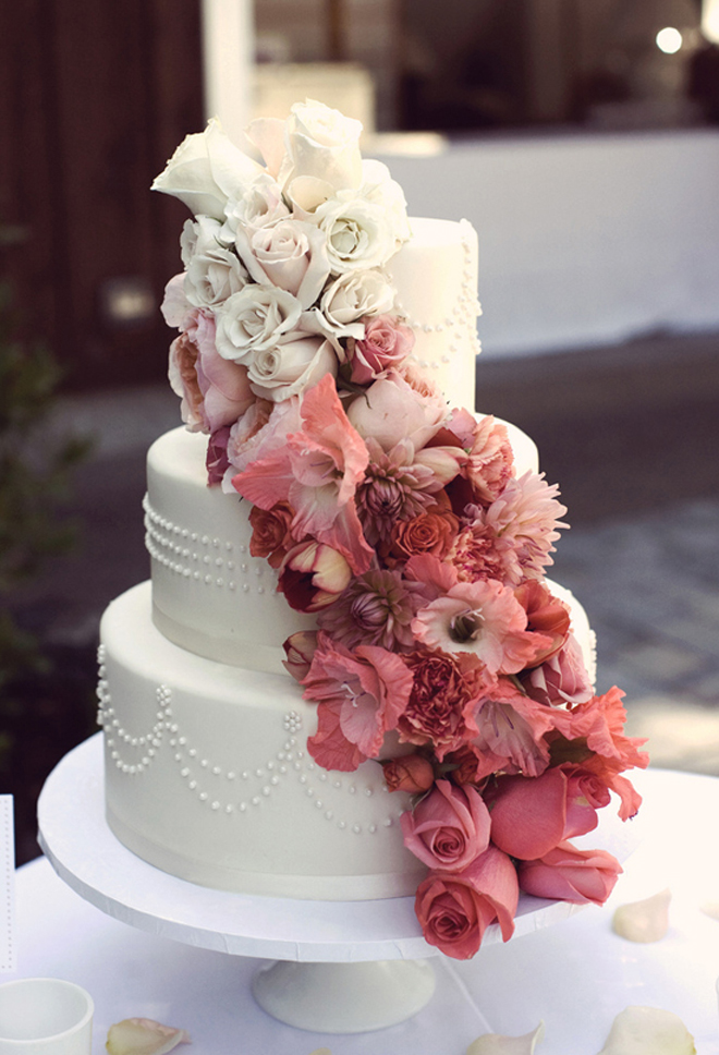 floral-ombre-wedding-cake